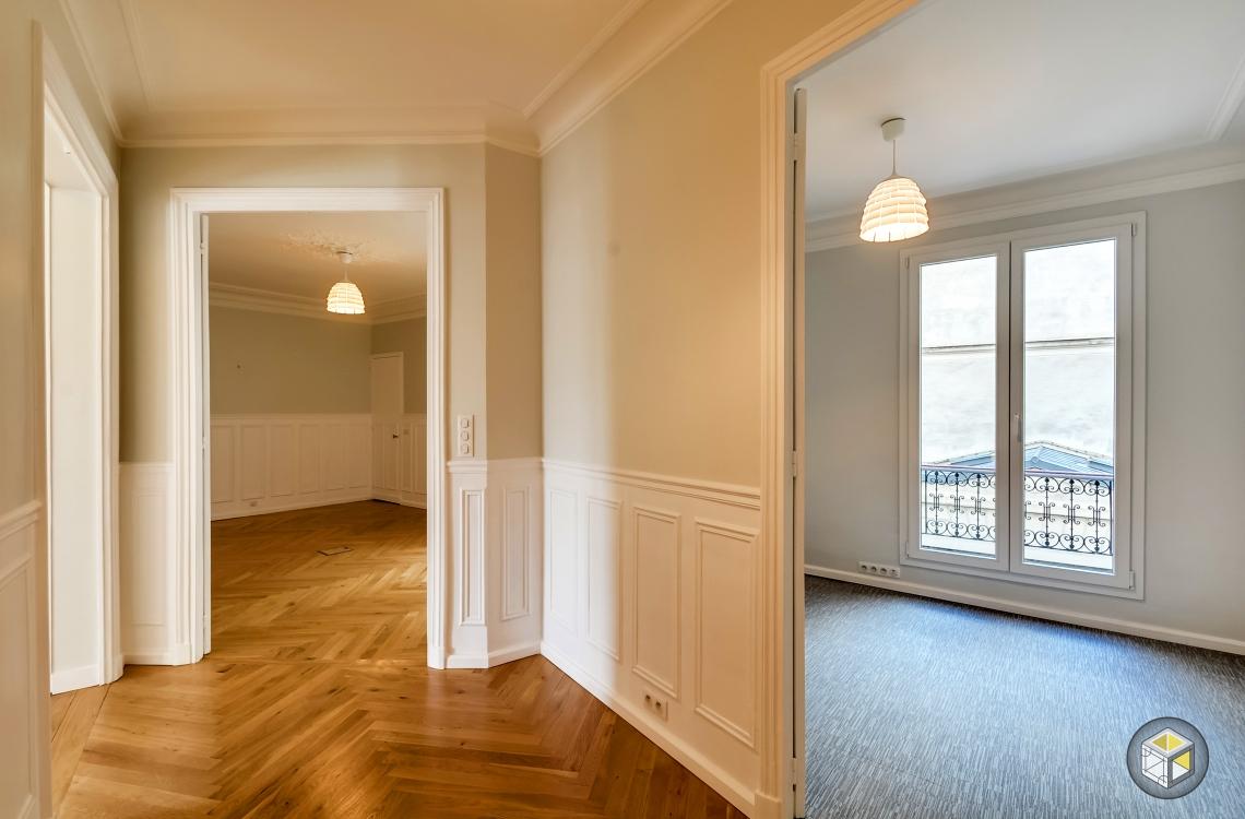 entrée bureaux professionnels paris rénovateurs